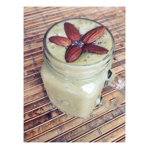 Banana Mango Matcha Smoothie