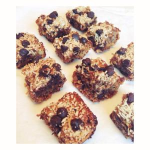 Healthy Hello Dolly Squares
