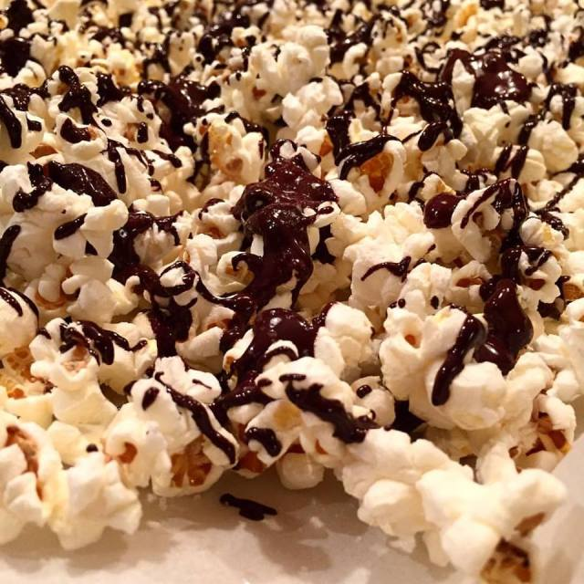 combine two of my FAVOURITE foods! Popcorn + Dark Chocolate.